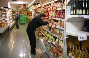 CENEA-sector-grandes-superficies-comerciales